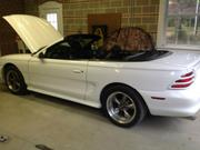 1994 FORD Ford Mustang GT Convertible 2-Door